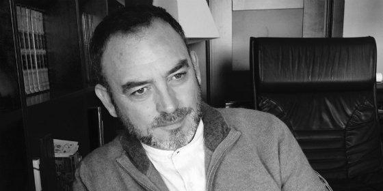 Conferencia coloquio 'De la novela histórica al relato de valores' con Sánchez Adalid en Badajoz