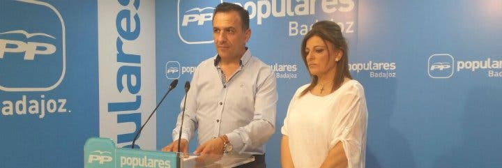 Pilar Nogales, despedida por el ayuntamiento socialista de Villanueva del Fresno (Badajoz)