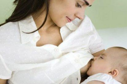 Primera mujer en el mundo que da luz a un bebé sano tras un trasplante de tejido ovárico