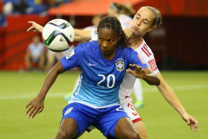 Las chicas de España caen con honor ante Brasil
