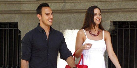 Lorena Van Heerde de compras con su novio por la capital