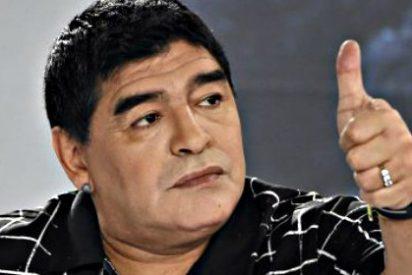 El 'tarado' de Maradona se postula a la presidencia de FIFA, con apoyo del chavista Maduro
