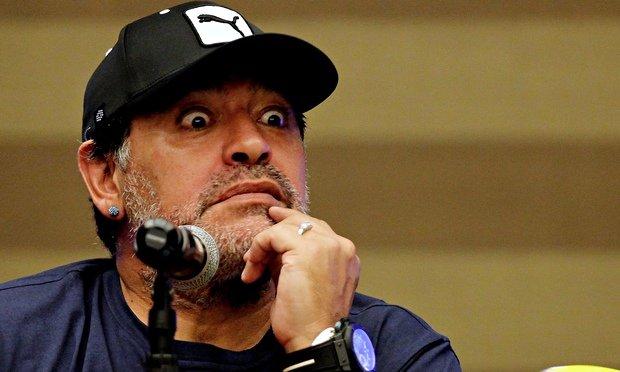 "[Audio] El mensaje del atribulado Maradona tras la muerte de su ""papá"""