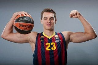 Al atribulado Barça de baloncesto se le marcha ahora su estrella Mario Hezonja