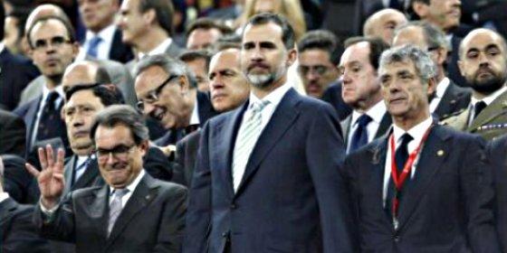 Artur Mas: Una sonrisa de más
