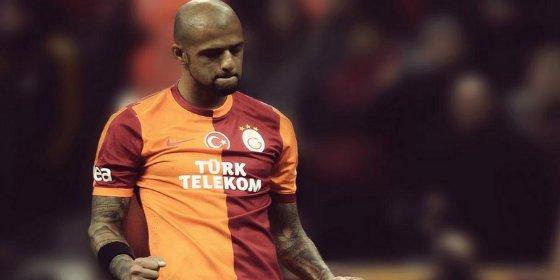 Las amenazas de su equipo podrían llevarle al Sevilla