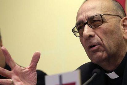 """Omella presenta """"Iglesia, servidora de los pobres"""""""