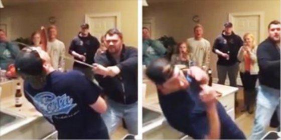 Le rebana la nariz al colega a espada por confundirla con una salchicha