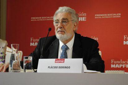 """Plácido Domingo recibe el premio """"José Manuel Martínez"""" de la Fundación Mapfre"""
