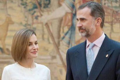 Los Reyes Felipe VI y Letizia presiden la reunión de Patronato de la Fundación Princesa de Asturias