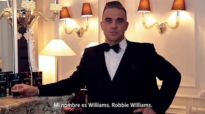 Robbie Williams se convierte en agente secreto para anunciar 'Café Royal'