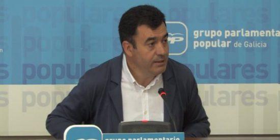 Román Rodríguez rechaza 'comprar' el uso del gallego en la empresa