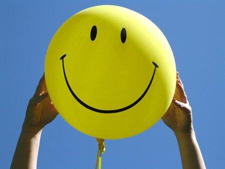 La sonrisa beneficia a la salud y reduce el estrés, según una experta