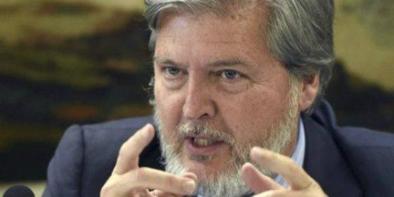 Rajoy mueve ficha en el Gobierno: sale Wert y entra Méndez de Vigo por la puerta grande