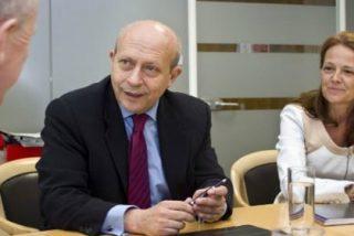 La falta de discreción de la pareja de Wert enfada al núcleo de Rajoy