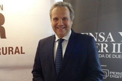 """Antonio Miguel Carmona: """"La prensa prefiere hablar de la metedura de pata de un concejal antes que de la investigación del VIH"""""""