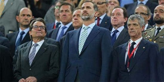 Multas ridículas al Barça y al Athlétic por pitar el himno nacional