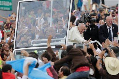 """""""La visita del Papa será un fracaso si no cerramos el paraguas y dejamos que el agua nos 'empape'"""""""
