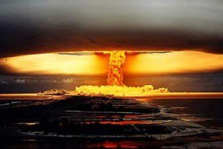 """Xabier Pikaza: """"La bomba genética y la bomba atómica nos hacen sentirnos como dioses"""""""