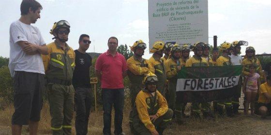 PSOE provincial de Cáceres apoya y se solidariza con la brigada antiincendios de Pinofranqueado