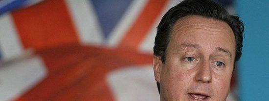 """Cameron, sobre """"la plaga"""" de inmigrantes de Calais: """"No encontrarán refugio en Reino Unido"""""""