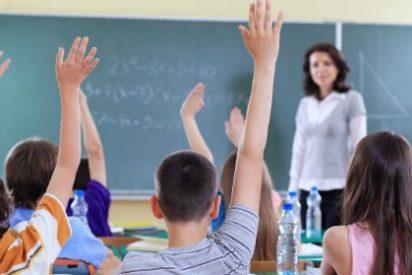 Educación publica el destino provisional de 1.162 docentes extremeños