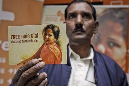 Aplazan la ejecución de la cristiana acusada de blasfemia en Pakistán