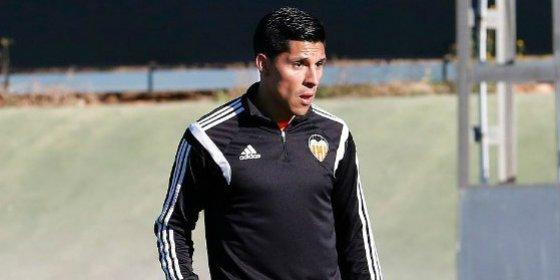 Pide a Nuno jugar hasta de defensa porque quiere ser un hombre clave en el Valencia