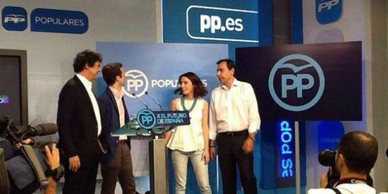 El PP cierra su gaviota en un círculo para luchar contra el populismo