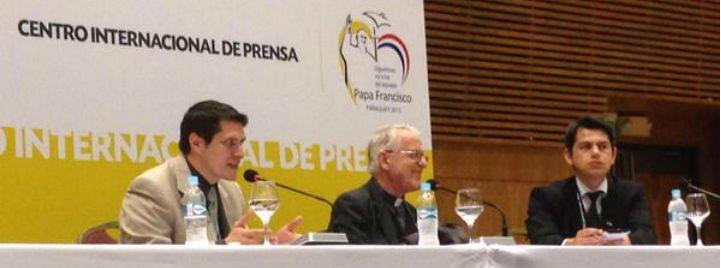 """Francisco """"fue claro y contundente"""" contra las """"ideologías que hacen prisioneros y no aceptan el diálogo"""""""