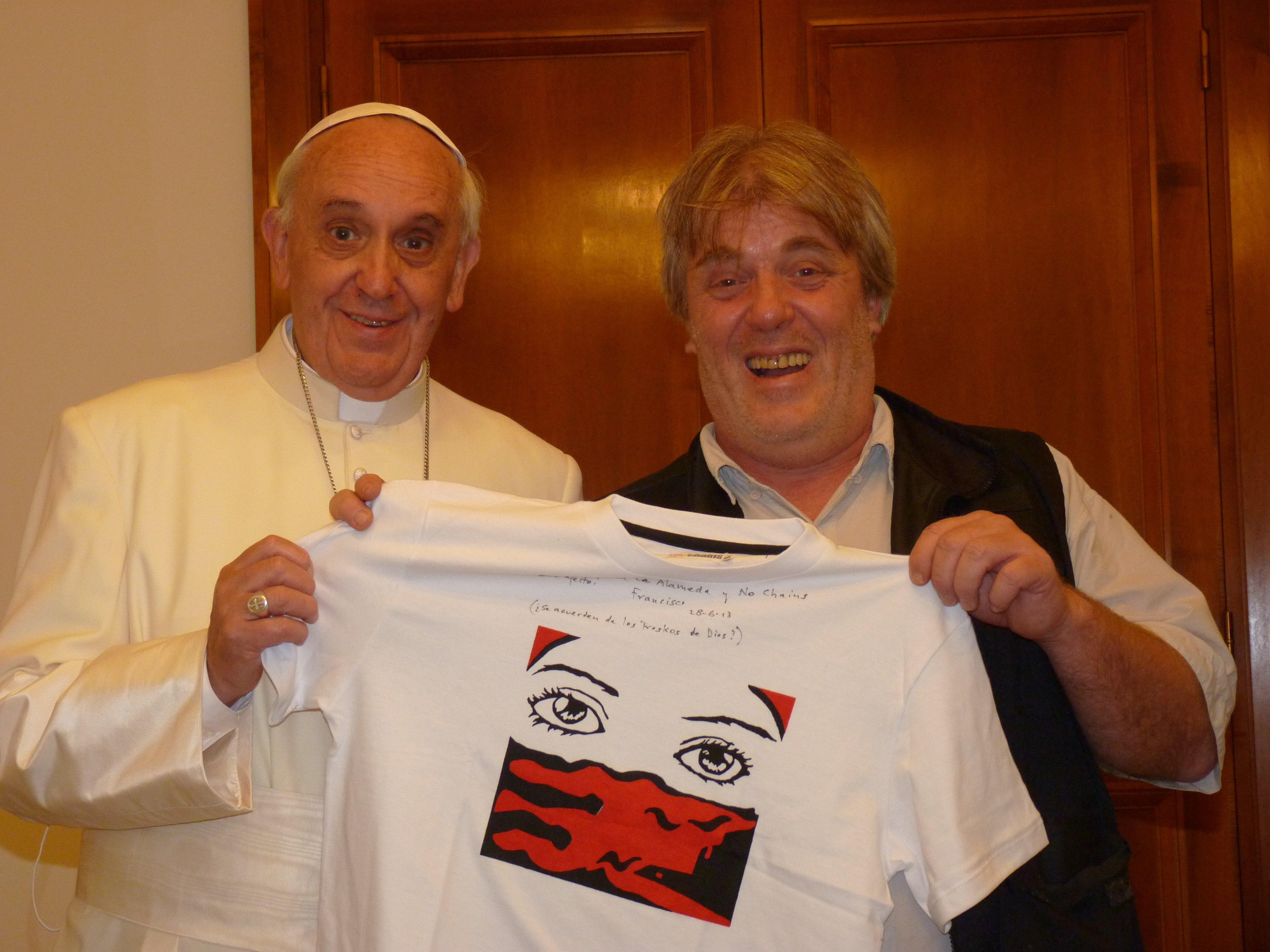 Papa felicita a legislador argentino por donar gran parte de su sueldo