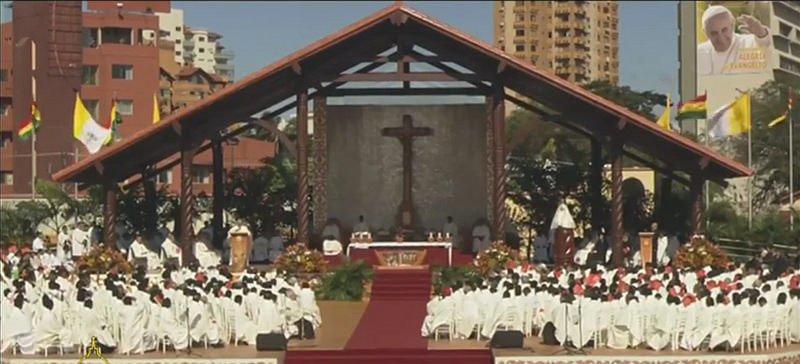 """Misa del Papa en Bolivia: """"Ustedes llevan sobre sí la memoria de su pueblo"""""""