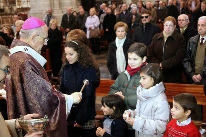 """Los católicos españoles piden una """"ley de gradualidad"""" para los divorciados vueltos a casar"""