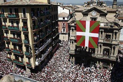 La ikurriña izada en Pamplona revela las intenciones de Bildu