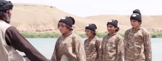[Vídeo] El terrorífico día de colegio en las 'juventudes hitlerianas' del EI