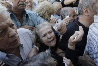 La ineptitud de Syriza hunde el PIB griego y provoca una morosidad de en la banca del 70%