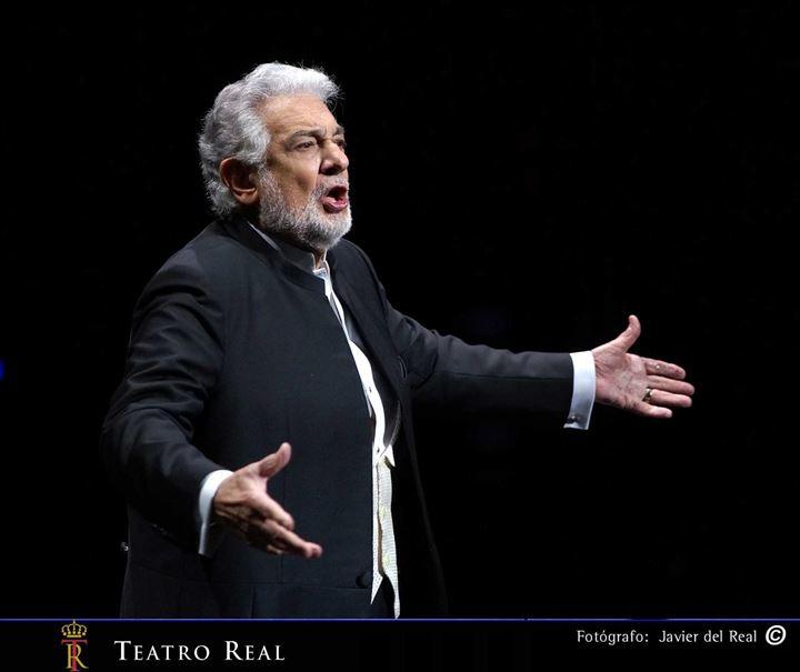 Plácido Domingo hace vibrar el Teatro Real