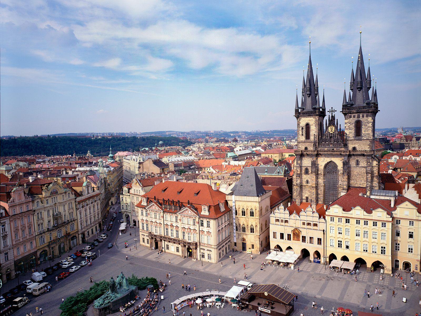 """Obispos proponen ideas para que las familias europeas sean """"semillero de vocaciones"""""""