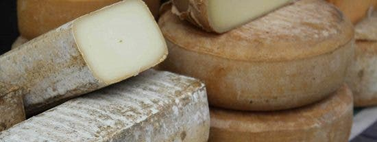 Comensales de Rías de Galicia y Espai Kru confeccionan la nueva carta de quesos seleccionando 8 ganadores de una selección de 26 variedades