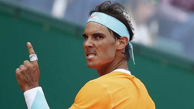 Rafa Nadal remonta a Verdasco y suda su estreno en Hamburgo