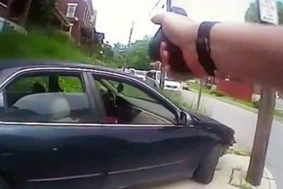 Con esta 'educación' mata el policía de un tiro en la cabeza al conductor despistado