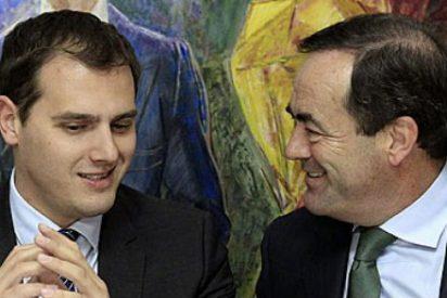 Así pactó Bono con Rivera y Podemos echar al PP de Castilla-La Mancha