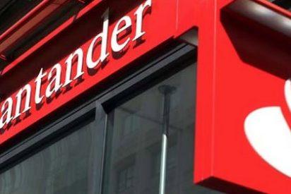 Santander también cobrará 2 euros a los no clientes por sacar dinero de sus cajeros