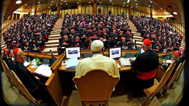 """La Iglesia invita a """"dejar atrás las exclusiones"""" contra los divorciados vueltos a casar"""