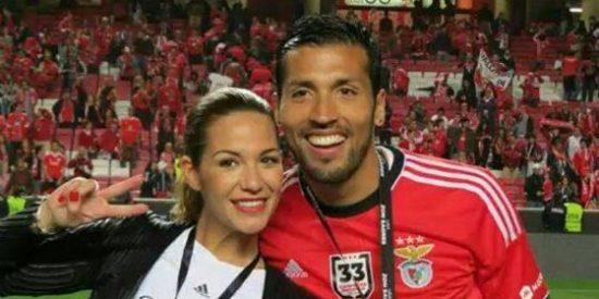 La que fuera tronista y su marido viajan a España... ¿para firmar por el Valencia?