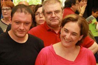 """Carmen Tomás 'desnuda' a Colau y a su marido: """"Se les ha olvidado lo de cobrar tres veces el salario mínimo, ¡menudo pastón se llevan entre los dos!"""""""