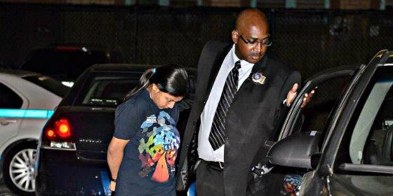La arrestan y la condenarán a cadena perpetua por matar a su bebé tirándolo desde el balcón