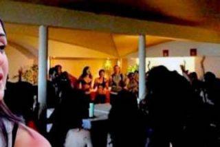 """Esperanza Aguirre se mofa de la asalta capillas Rita Maestre: """"Si Carmena quiere seducir a los madrileños, que la pongan a ella, que está cañón"""""""