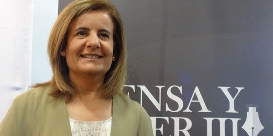 "Fátima Báñez: ""El empleo crece en España a un gran ritmo pese a que ""agosto no es un buen mes"""