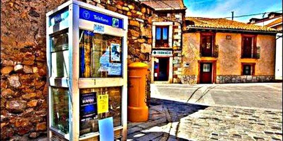 Las cabinas de teléfono tienen los días contados en España
